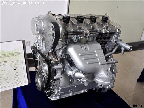 自主品牌在前进 参观海马汽车发动机厂高清图片