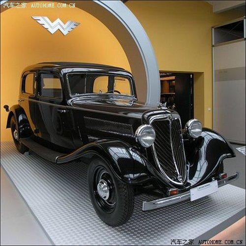 其发动机被作为行业基准,由于其性能优越,外形精巧,许多汽车制造厂家