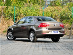 大众一汽-大众宝来2013款 1.4T 自动豪华型