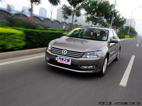 大众 上海大众 帕萨特 2011款 1.4tsi dsg基本型