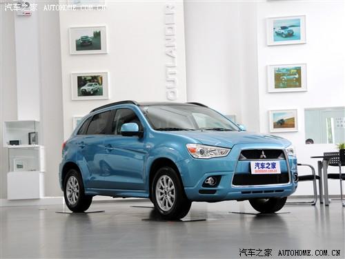 三菱 三菱(进口) ASX劲炫 2012款 2.0四驱劲尚导航版