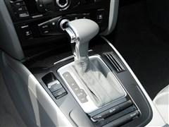 奥迪一汽奥迪奥迪a4l2013款 35 tfsi 自动标准型