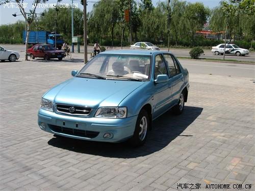 夏利 天津一汽 夏利 2005款 1.4 三厢豪华型