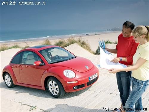 大众 大众(进口) <a target='_blank' href='http://www.qcwp.com/oil/doCarSeriesPage.action?action=showcarseriespage&carSeriesId=285'>甲壳虫</a> 2005款 2.5 MT 硬顶版