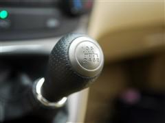 汽车之家 东风本田 本田cr-v 2.0四驱经典版手动挡