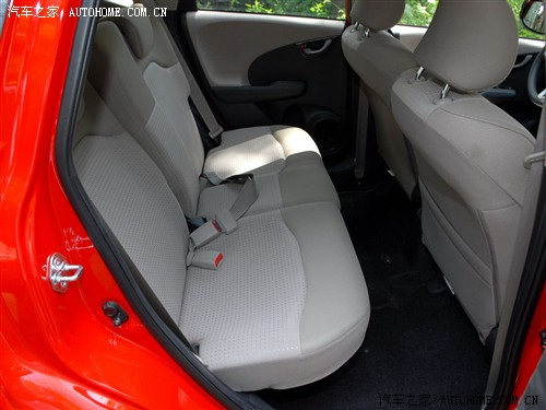『新飞度后排座椅空间』-经济实惠家用之选 四款省油小型车推荐高清图片