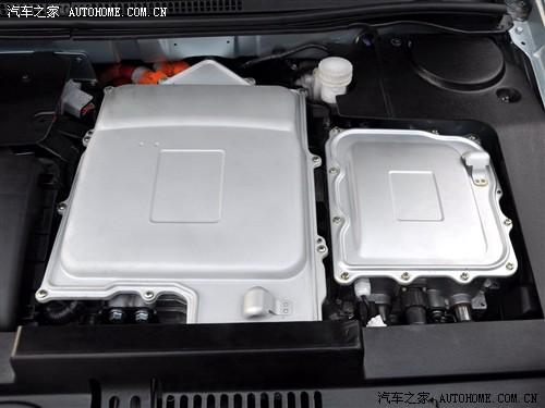比亚迪 比亚迪 比亚迪f3 08款 dm 双模电动车