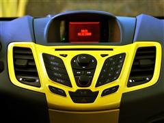 福特 长安福特 新嘉年华 09款 两厢 1.5手动运动型