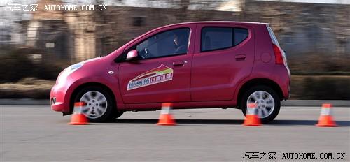 奥拓2016款刹车距离 制动性能高清图片