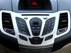 福特 长安福特 新嘉年华 2010款 两厢 1.5l自动时尚型限量版