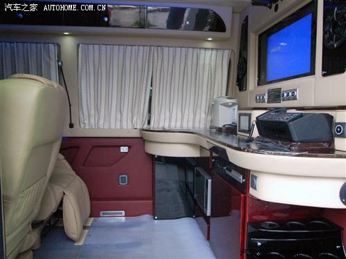 奔驰 奔驰(进口) 凌特Sprinter 09款 增配版