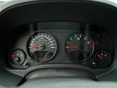 Jeep吉普 Jeep吉普 指南者 2010款 2.4 运触动版