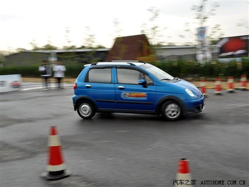 汽车之家 上汽通用五菱 乐驰 2010款 1.2 运动版活力型