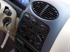 奇瑞汽车 奇瑞QQ 3 1.1 自动舒适型