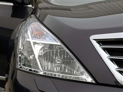 东风日产 新一代天籁 3.5L XV VIP 至尊版