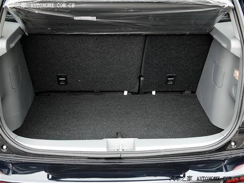 长安铃木 铃木SX4 1.6MT锐骑豪华型